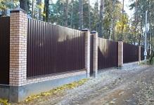 Забор на ленточном фундаменте в Раменском