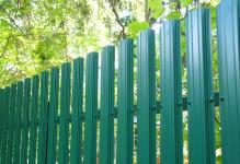 Забор из евроштакетника Баррера