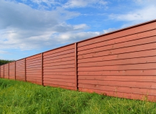 Установка деревянных заборов